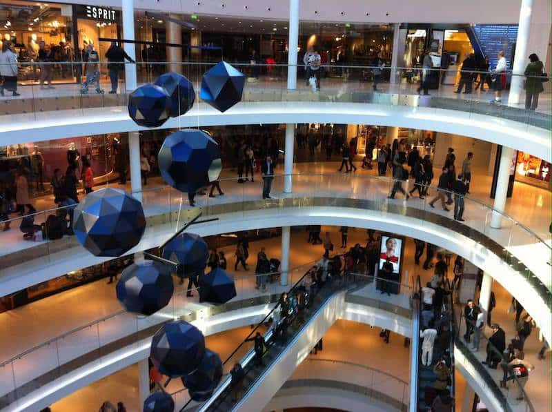 Interior do Shopping Beaugrenelle em Paris