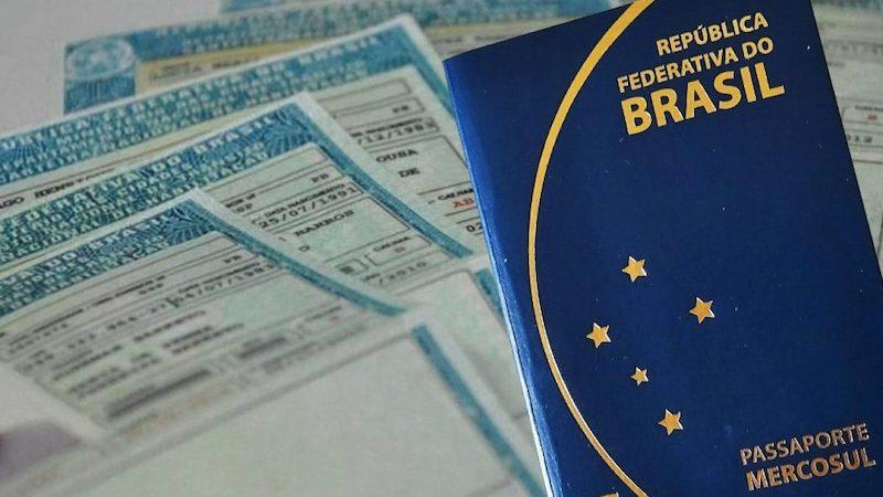 Passaporte e carteira de habilitação (CNH)