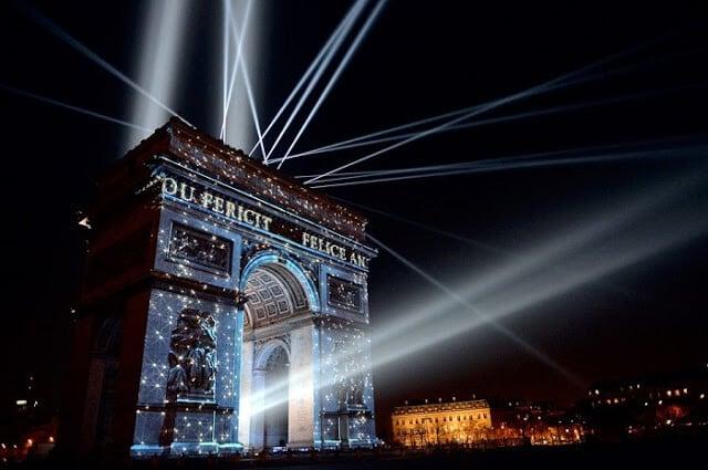 Arco do Triunfo no Ano Novo