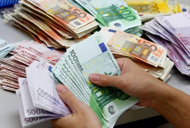 Dinheiro em Dublin e Irlanda