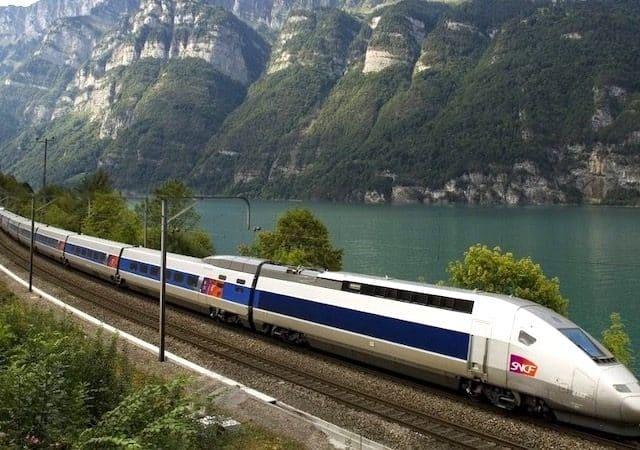 Viagem de trem em Paris e na França