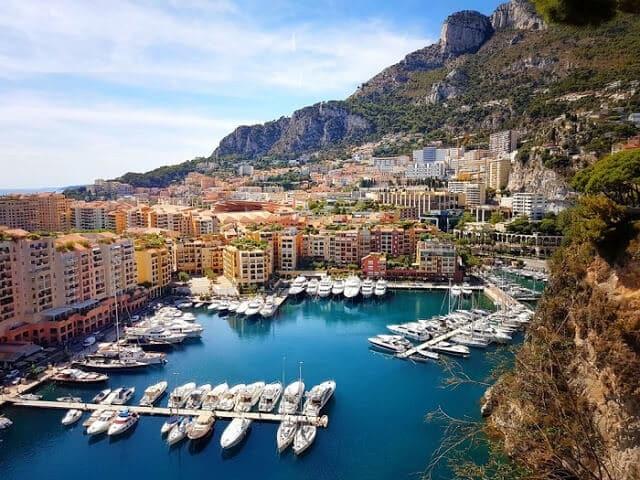 Cidade de Monaco na Riviera Francesa