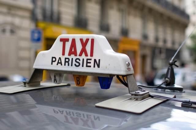 Taxi em Paris