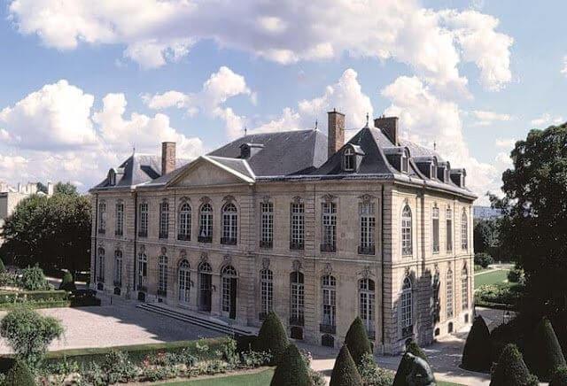 10 mansões em Les Invalides e Torre Eiffel em Paris