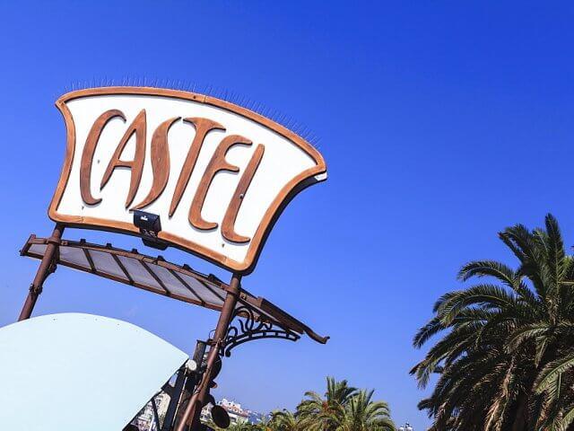 Placa da Praia Castel Plage em Nice