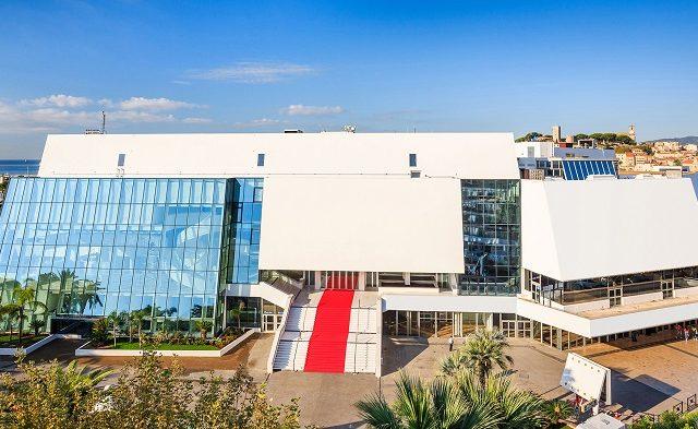 Vista do Palais des Festivals et des Congrès de Cannes