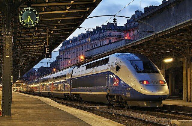 Viagem de trem de Paris a Lisboa