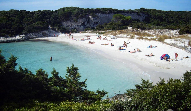 Praia do Petit Sperone