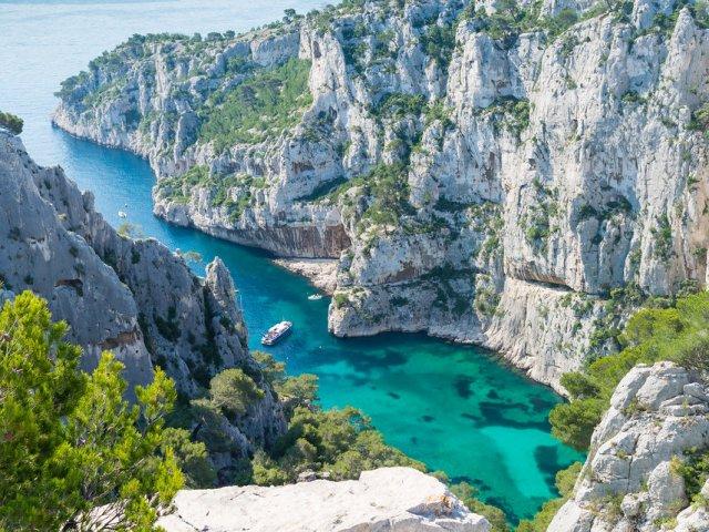Vista do Calanque D'En-Vau na França