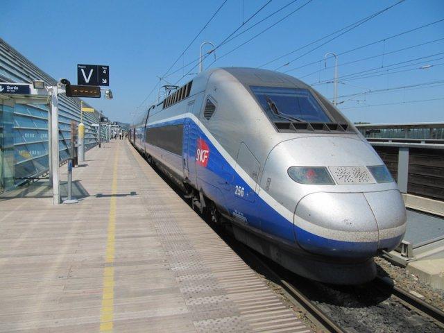 Viagem de trem de Avignon a Paris