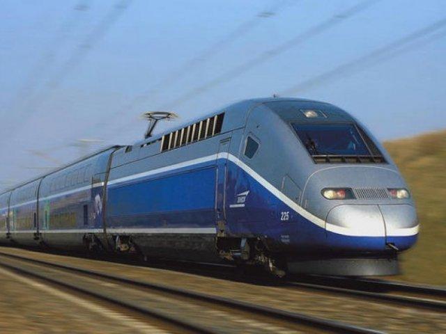 Viagem de trem de Bordeaux a Paris