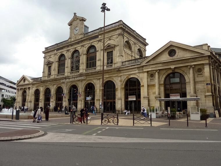 Viagem de trem de Lille a Paris