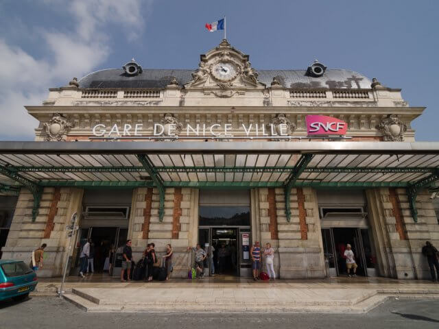 Viagem de trem de Nice a Mônaco