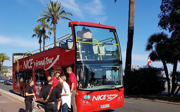 Passeio de ônibus turístico em Nice