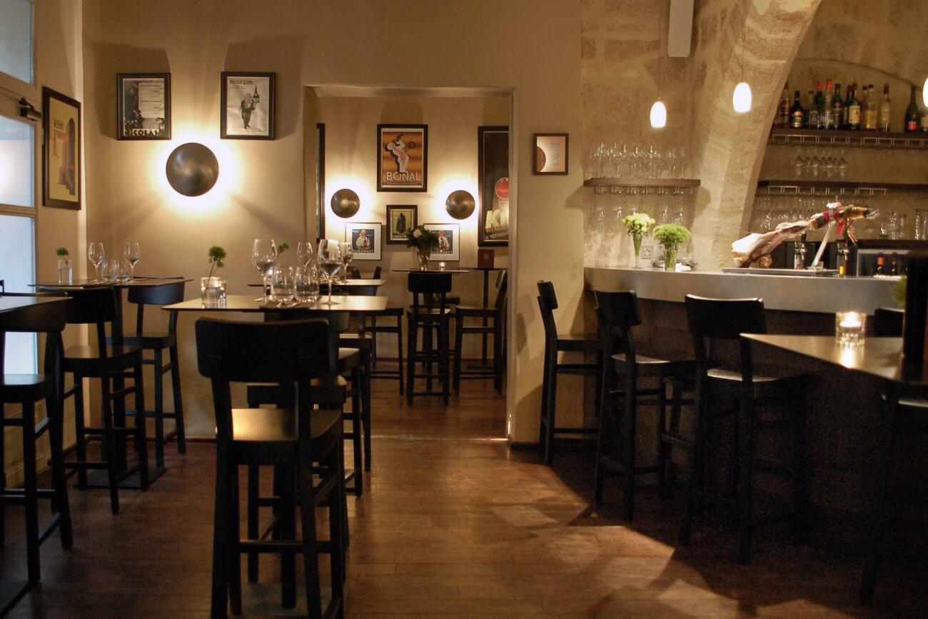 Interior do Le petit jadin em Montpellier