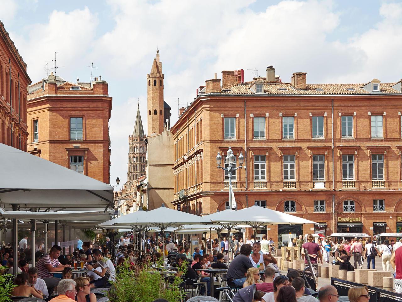 Restaurantes na Praça do Capitólio de Toulouse