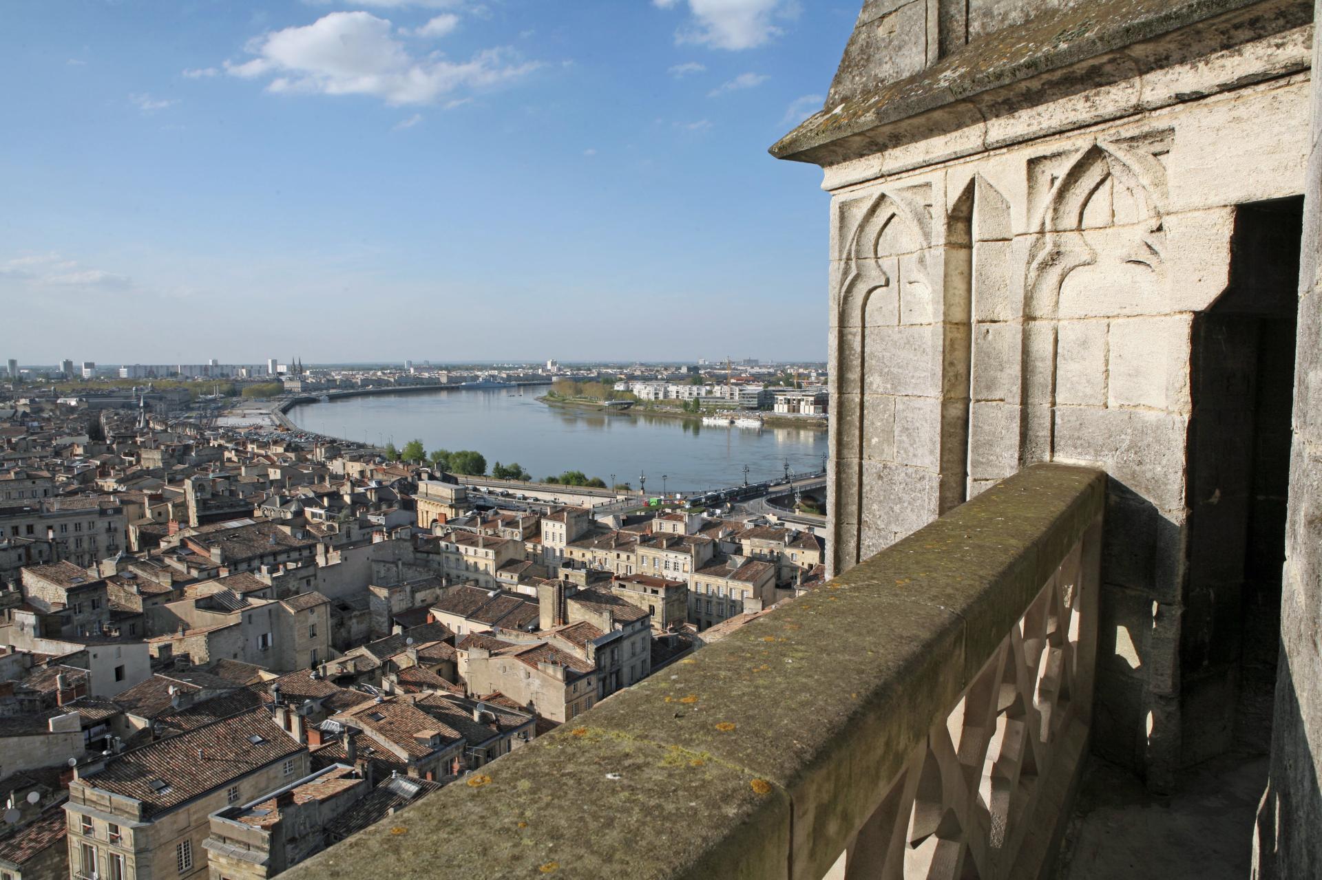 Vista da torre da Basílica de Saint Michel