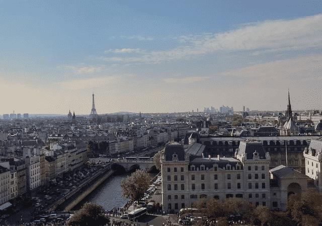 Pacote Hurb para Paris por R$ 3199